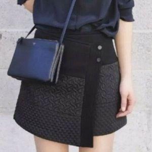 ⚪️CAbi black swathe skirt wrap texture size small
